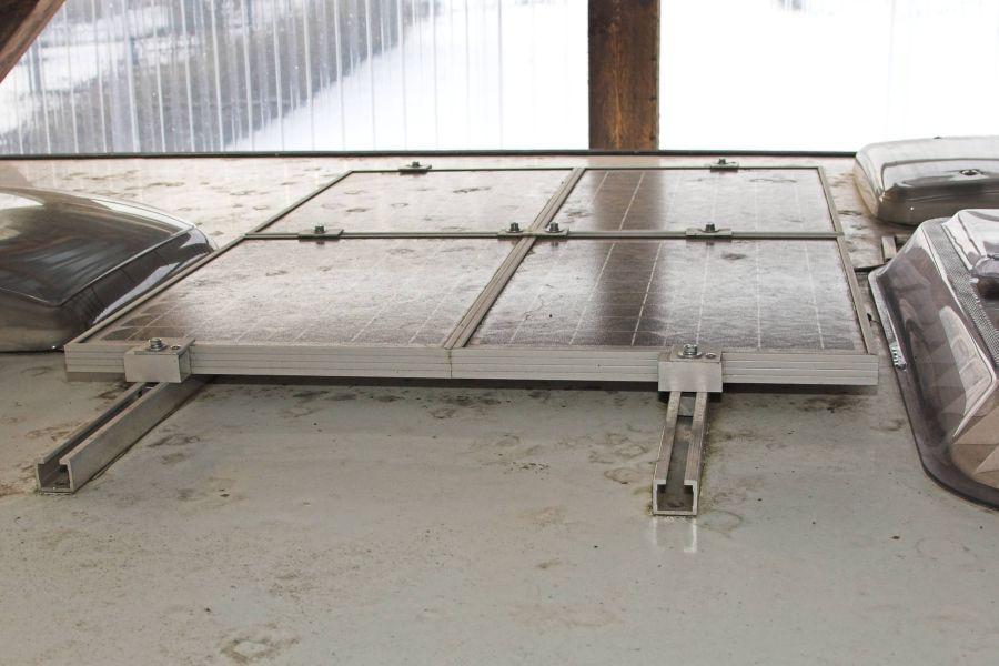 pv anlagenplanung f r wohnwagen photovoltaikforum. Black Bedroom Furniture Sets. Home Design Ideas